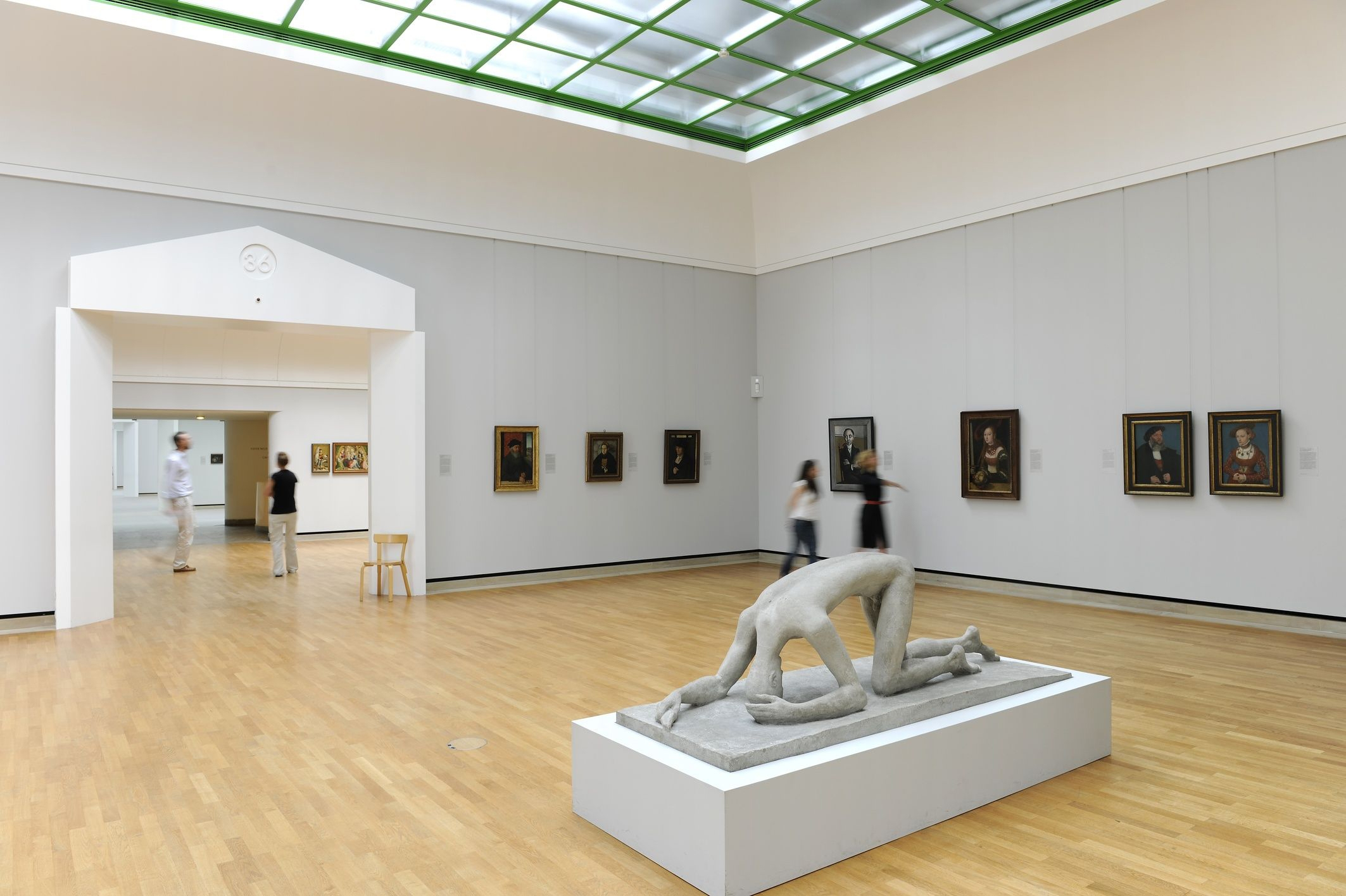 Stuttgart cuna del autom vil mercedes y porsche for Galeria stuttgart